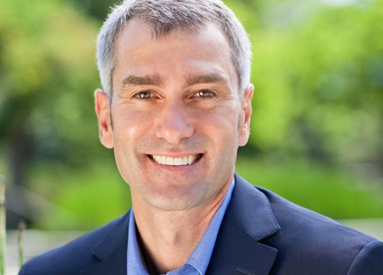 HP's Bill Veghte bumped to COO, holds on to CSO role